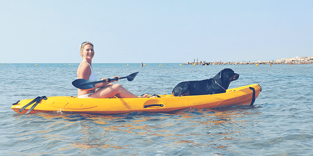 A Guide to Kayaking With Dogs