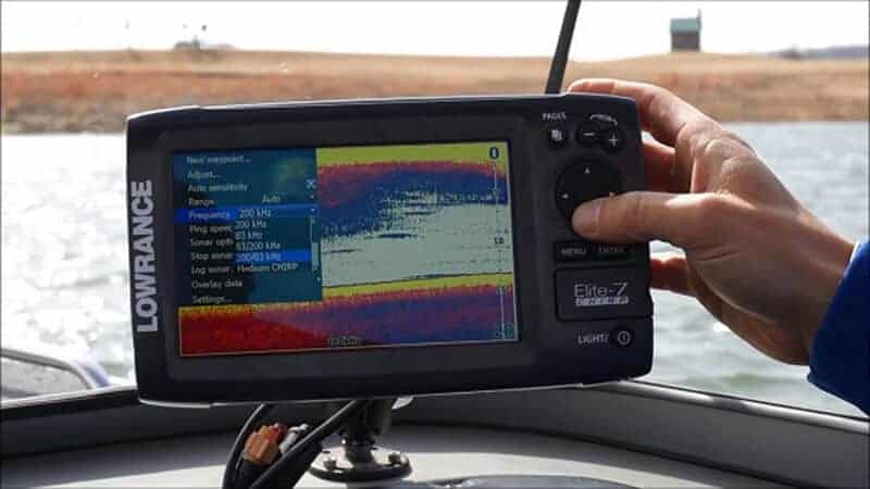 Learning how to read a fish finder
